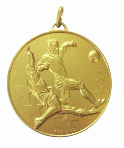 Gold Economy Football Tackle Medal (size: 50mm) - 436E