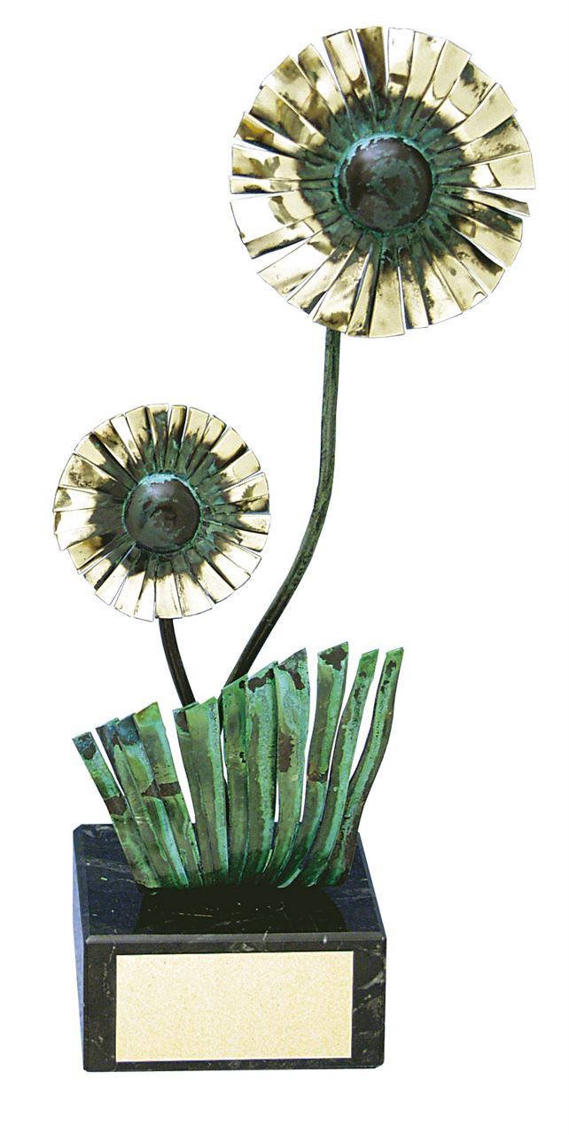 Daisy Handmade Metal Trophy - 191